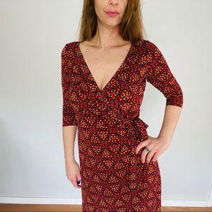 GNW Beautiful Red Pattern Wrap Dress Size 12